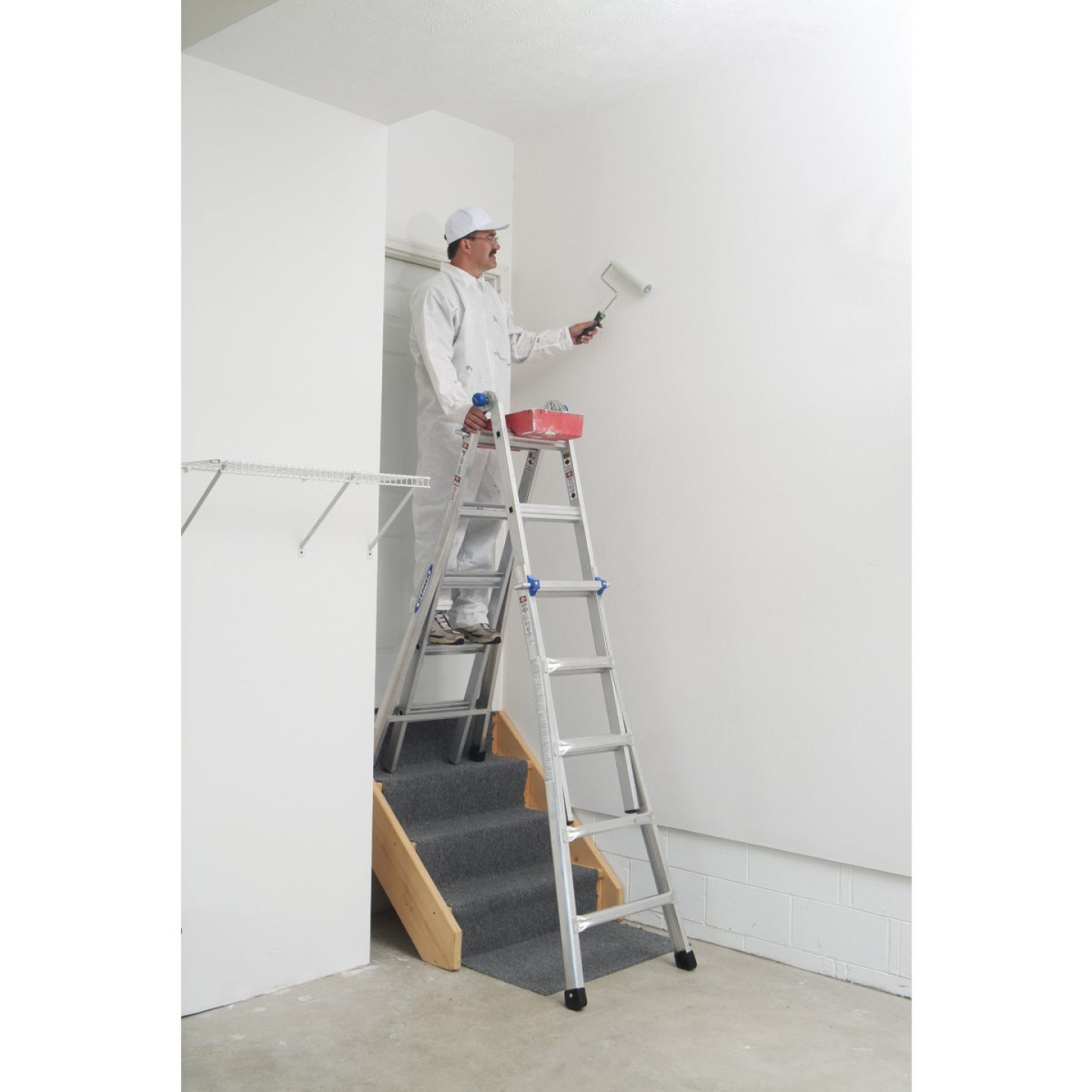 Werner 22 Ft. Aluminum Multi-Position Telescoping Ladder with 300 Lb. Load Capacity Type IA Ladder Rating Image 3