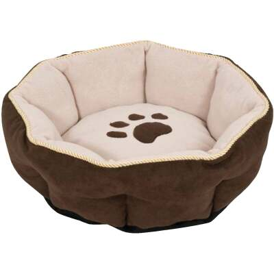 Petmate Aspen Pet 18 In. W. x 18 In. L. x 7 In. D. Recycled Polyester Fiber Cat or Small Dog Bed